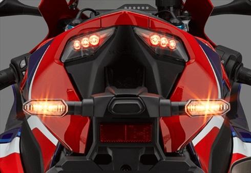 ホンダ「CBR1000RR-R FIREBLADE」