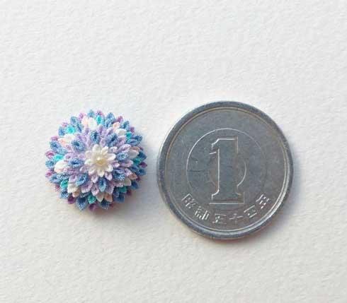 つまみ細工 ゴミみたいな大きさ 布 作る 花 こあめ 作品