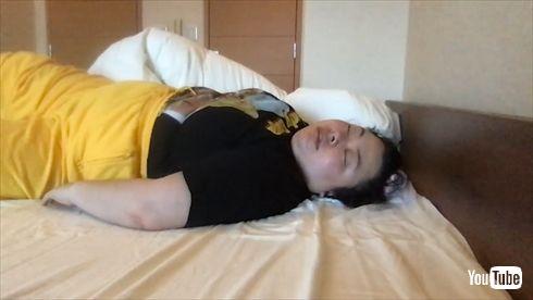 渡辺直美 YouTube NAOMI CLUB チャンネル 生配信 YouTube ライブ 睡眠