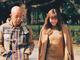 """「とても楽しい1日になりました」 紗栄子、バイきんぐ小峠との""""デートショット""""で恋人目線な笑顔見せる"""