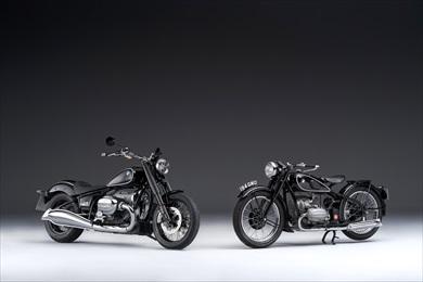 BMW「R18」(左)とBMW「R5」(右)