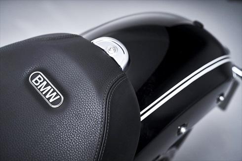 BMW「R18」