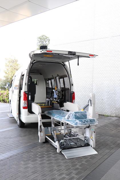 トヨタ自動車 医療支援 ハイエース 重症患者 昭和大学病院