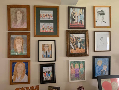 何日後にバレるか 家の写真が少しずつクレヨンの絵に置き換わるイタズラが楽しい