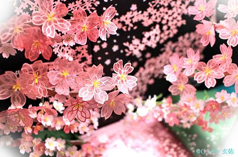 弘前さくらを表現した立体切り絵がきれい 「お花見これでいい」「すごくきれい」など感動の声