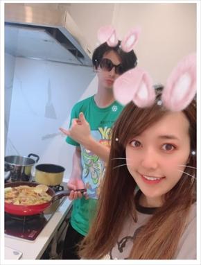 アレクサンダー 家事 料理 川崎希 浮気 ブログ