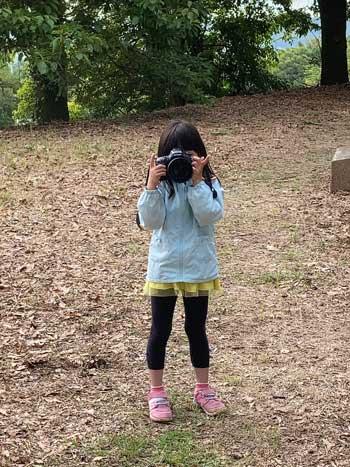 娘 カメラ 写真 撮りたい 貸した お父さん ボケ ピント