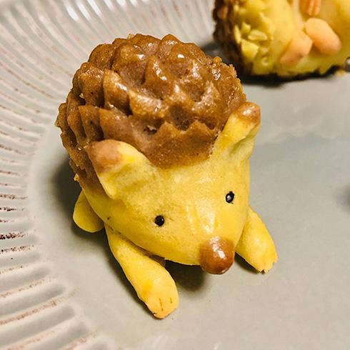 「かわいすぎて食べられない!」 ハリネズミのスイートポテトがキュート