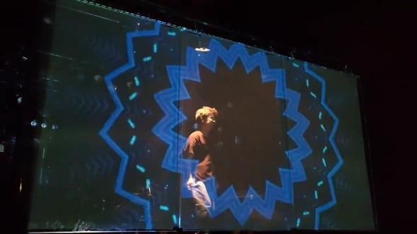 大阪 ライブハウス アクリル板 ステージ 客席 スクリーン 透過 アミッド 寺田町Fireloop