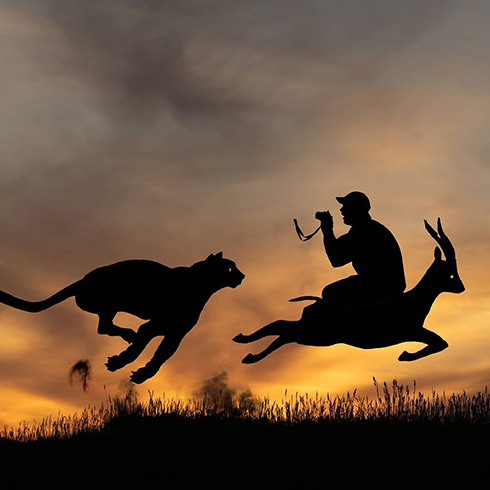 夕陽を背景に撮影した影絵のような段ボールアート ノスタルジックな ...