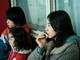 映画「MOTHER マザー」レビュー 長澤まさみが共感度ゼロな毒親になる、もはや実写版『連ちゃんパパ』な暗黒映画