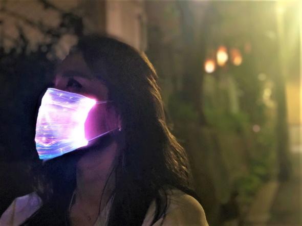 ライトアップマスク LED 7色 ゲーミング 虹色