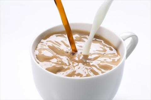 牛乳 麦茶