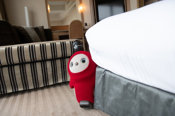 ホテルニューオータニ LOVOT ロボット GROOVE X 宿泊オプション