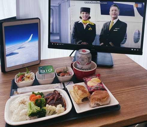機内食 再現 自宅 フライト 食器 アイデア
