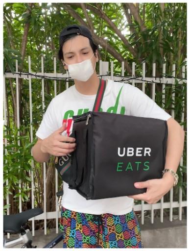 アレクサンダー アレク 川崎希 インスタ ブログ ウーバーイーツ Uber Eats バイト