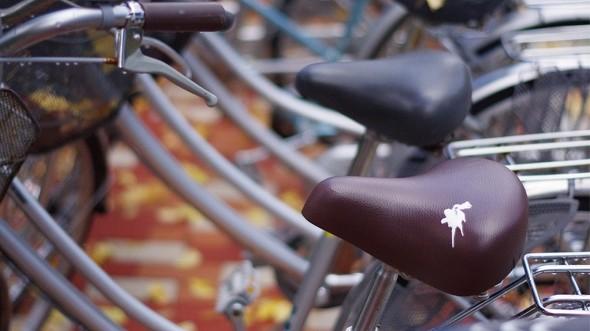 鳥のうんちシール 自転車盗難対策