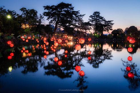 奈良市 中心部 ならまち 遊歩 提灯 写真 きれい