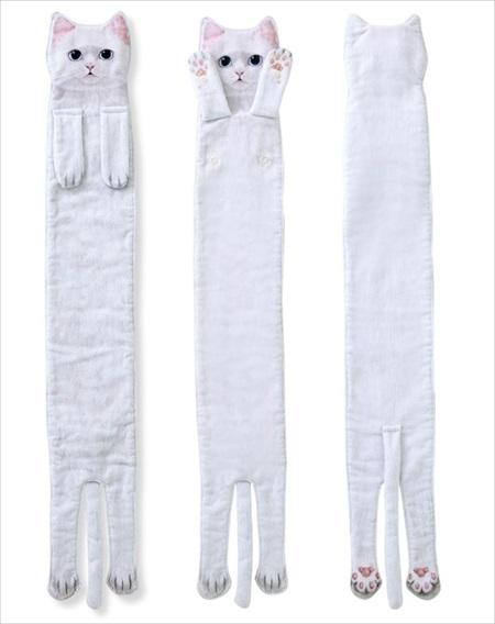 長い白猫タオル