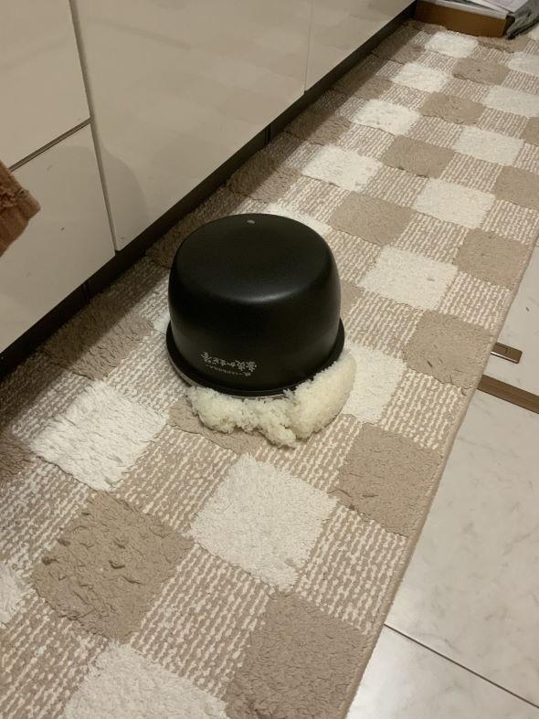 全米が泣いた ご飯 炊飯器 床 掃除