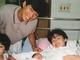 """大竹しのぶ、長女・IMALU出産時の家族ショット公開「あれから31年経ったなんて」 明石家さんまの""""パパの顔""""に反響"""