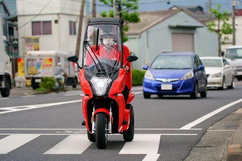 マクドナルド EV 宅配 電動3輪バイク