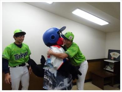 つば九郎 ティモンディ 高岸 前田 済美高校 ヤクルト 始球式 号泣 ファーストピッチ ブログ