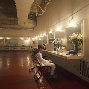 ジャスティン・ビーバー ベニー・ブランコ 新曲 ロンリー Lonely リリース ビリー・アイリッシュ フィニアス 孤独 メンタルヘルス YouTube MV ミュージックビデオ ネヴァー・セイ・ネヴァー