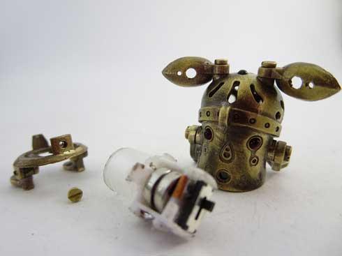 ハンドメイド ミニロボット 金属製 みにろぼ 可動 LED ライト かわいい デザフェス