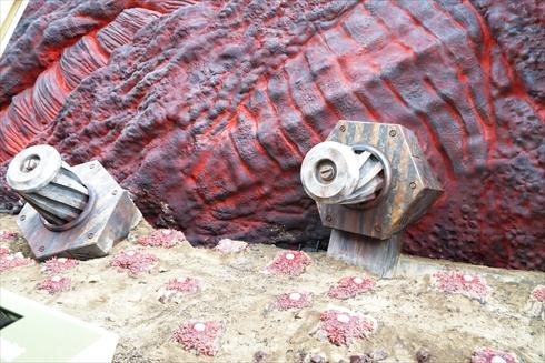 ゴジラ 淡路島 ニジゲンノモリ