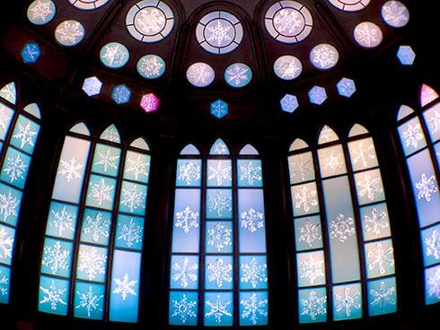スノークリスタルミュージアムのステンドグラス