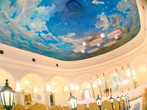 雪の美術館野外音楽堂の天井「北の空」の写真1