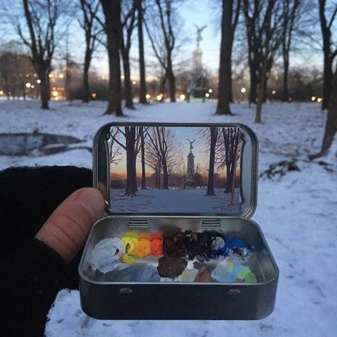 ミントタブレット缶の蓋の裏に描かれた小さな絵