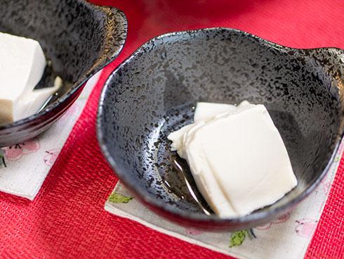 三角の湯豆腐