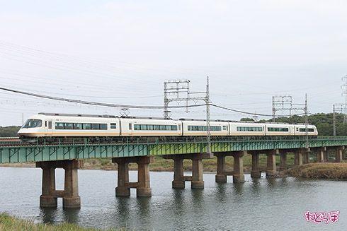 鉄道 近鉄 車窓 大阪 夕暮れ