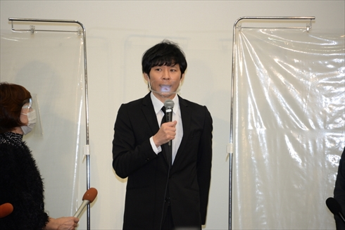 渡部建 アンジャッシュ 謝罪会見 質問 リポーター 報道陣