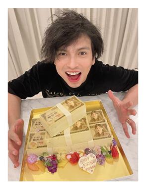アレクサンダー 川崎希 誕生日