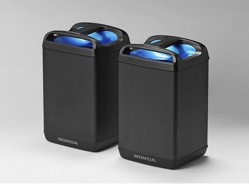 脱着式バッテリー「モバイルパワーパック」を採用