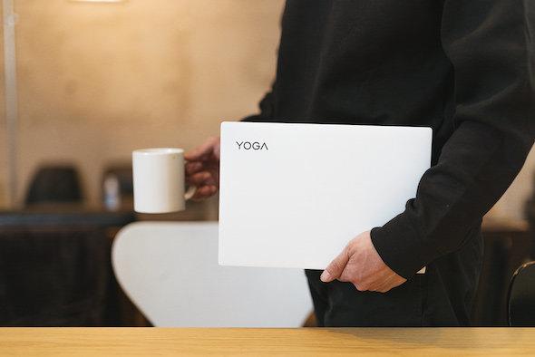 Lenovoタイアップ/<Yoga Slim 750i Carbon>