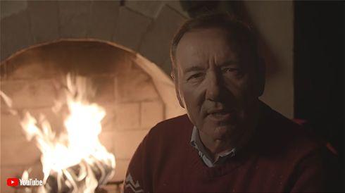 ケヴィン・スペイシー ケビン・スペイシー クリスマス 動画 YouTube Metoo セクハラ 告発 引退 ハリウッド 追放 ハウス・オブ・カード 裁判 kevin spacey