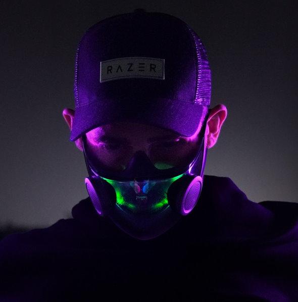 razer ゲーミング スマート マスク 7色 虹色 発光
