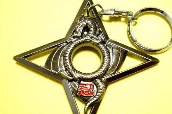 魔界のドラゴン夜光剣キーホルダー ポプテピピック マジックアイテム 中二病