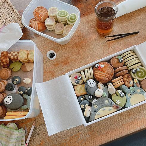 余りのクッキーも含めたジブリクッキーの写真