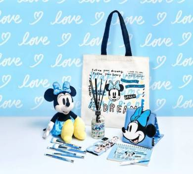 「Disney ARTIST COLLECTION by Kelly Park」コレクション