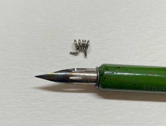ペン先 工夫 クリップ コイル インク 持ち よくなる ライフハック