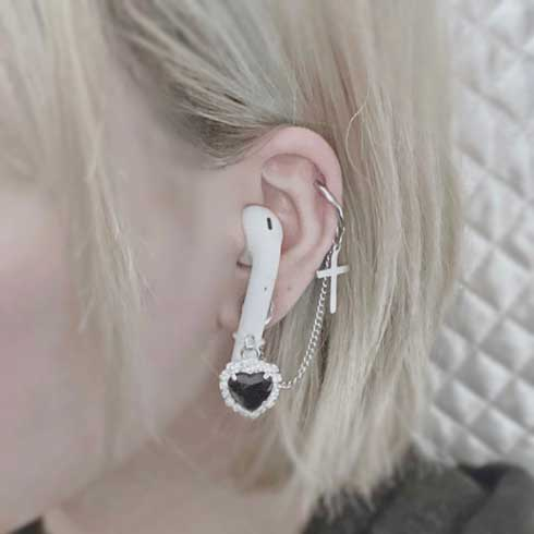 AirPods ワイヤレスイヤフォン 一体化 ピアス イヤリング 落下防止