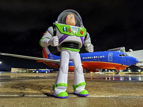こどもが大切なおもちゃを紛失 忘れ物を見つけた航空会社の対応が粋で心温まる
