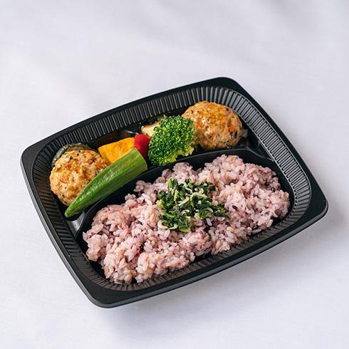 オフィスの自販機で買える冷凍食品 ニチレイとNTT西日本が「cooliya」テスト販売開始