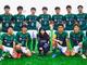 本田望結、高校サッカー部との集合ショットで笑顔 ユニフォーム姿の同級生に囲まれ「皆に負けない生徒になります!!」