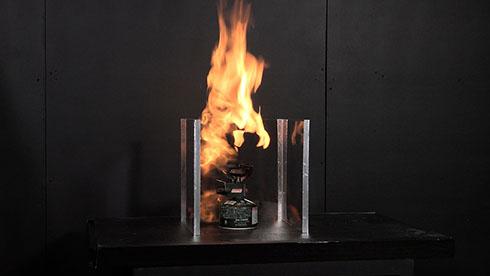 火柱が上がるガスバーナー
